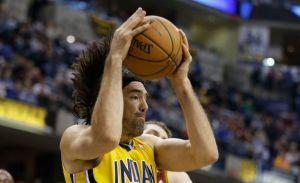 Luis Scola disfruta del invicto de los Pacers