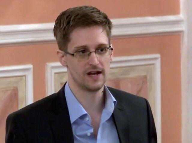 Kerry pide que Snowden sea entregado a EEUU