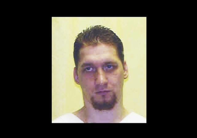 Postergan ejecución de asesino que ofrece donar órganos