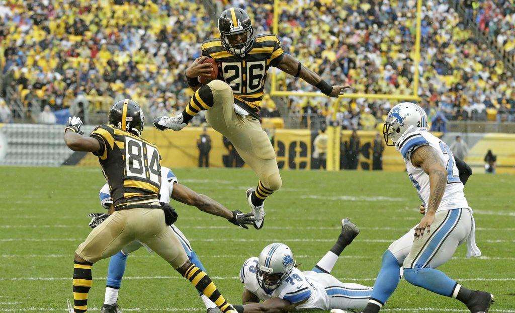 Los Steelers se visten de 'abejorros' y vencen a Detroit