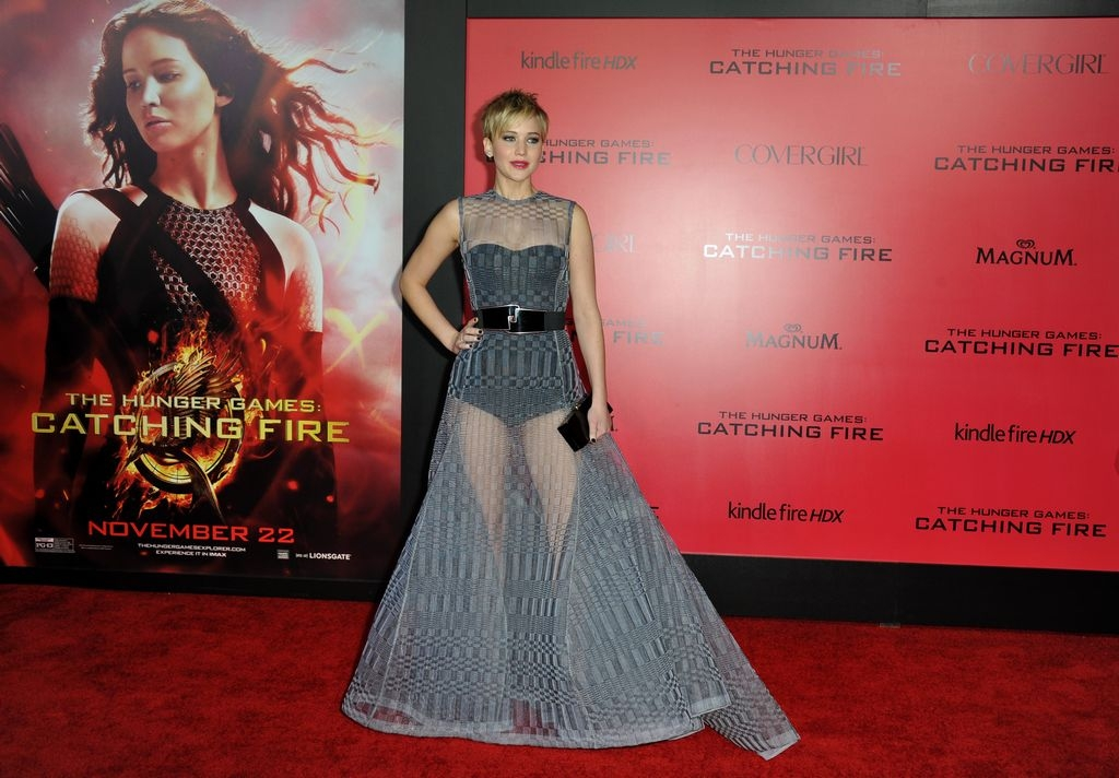 Jennifer Lawrence causó revuelo con vestido de Dior