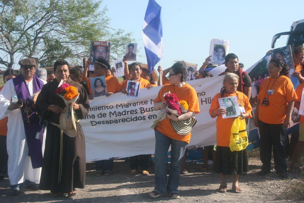 Madres centroamericanas buscan a los suyos en México