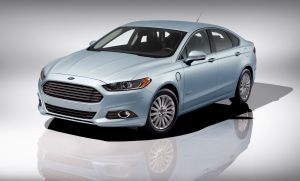 Ford Fusion quiere ser número uno en ventas