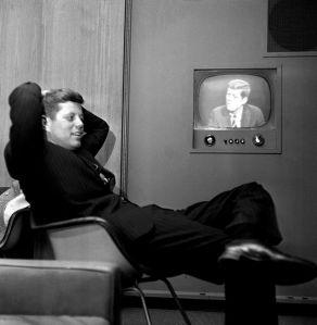 Asesinato de Kennedy provocó suicidios hace 50 años