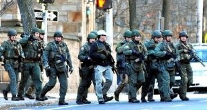 Falsa alarma de pistolero desata temor en Yale