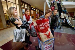 Rebajas podrían estimular compras