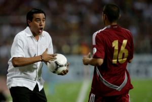 Cesar Farías renuncia a la 'Vinotinto'