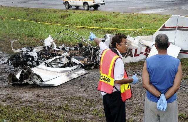 Buscan a tripulantes de avioneta accidentada en Puerto Rico