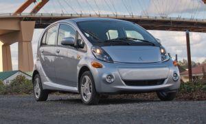 Mitsubishi reducirá el precio de venta de su i-MiEV eléctrico