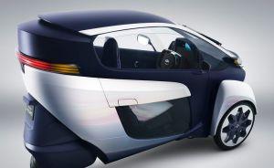 El Toyota I-Road, el futuro toca a la puerta (fotos)