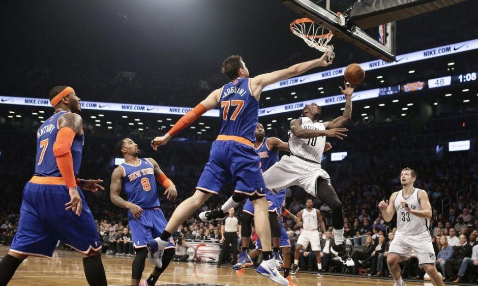 Los Knicks aplastan a Nets en duelo neoyorkino del 'fracaso' (fotos)
