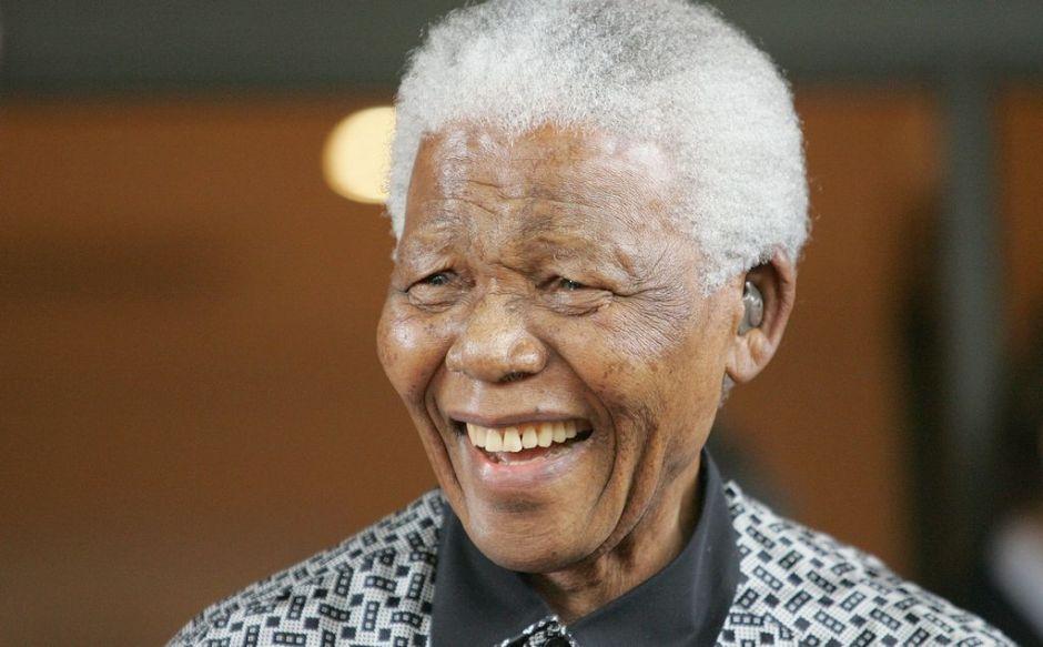 """La película de Mandela es """"en esencia, una historia de amor"""""""