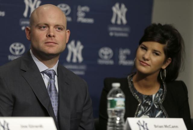 Brian McCann listo para la tradición de los Yankees