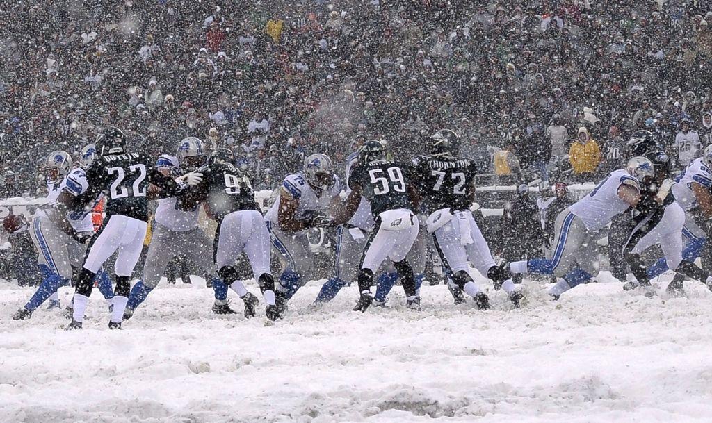 Mal clima afecta jornada dominical de la NFL