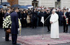El Papa venera por primera vez a la Inmaculada Concepción