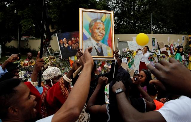 """Mundial de Clubes dedica un """"Momento Madiba"""""""