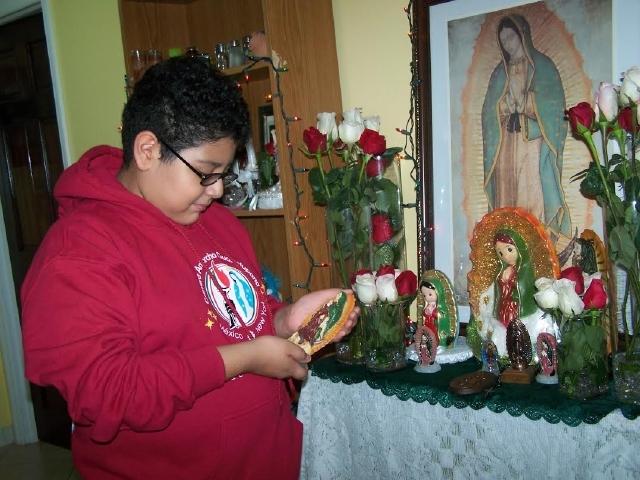 Niños heredan devoción guadalupana en NYC