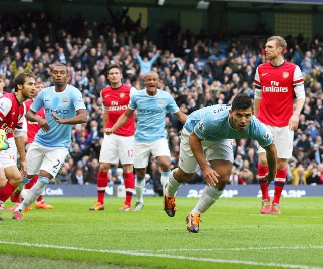 ManCity golea a placer al Arsenal