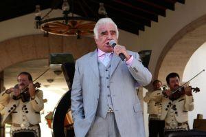 Vicente Fernández se desvincula de lavado de dinero