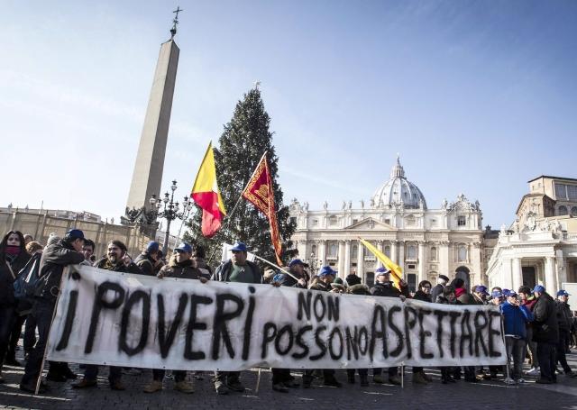 Papa pide evitar la violencia en las protestas