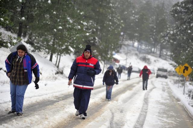 Cuarta tormenta invernal afecta México