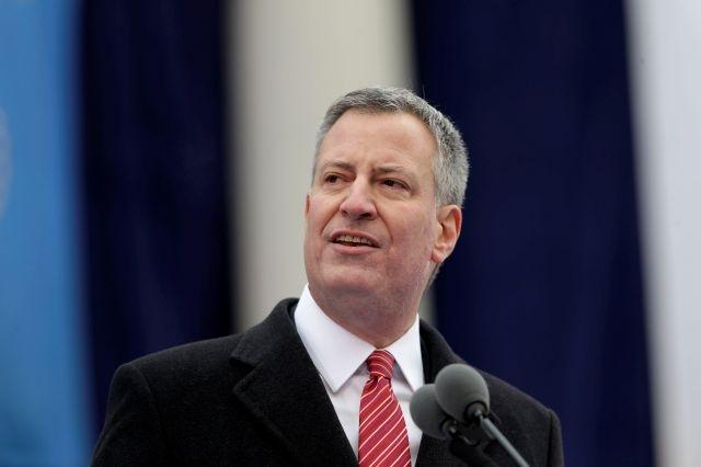 """De Blasio: """"NYC enfrenta una crisis de desigualdad"""""""