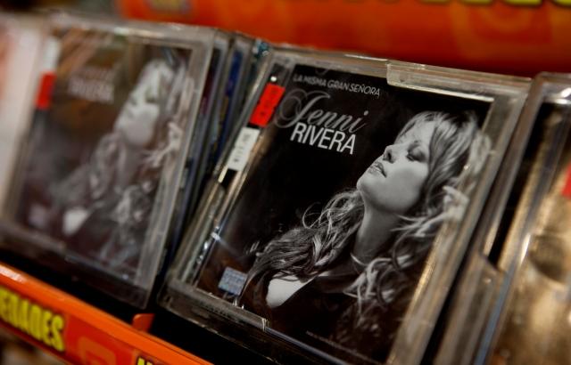 Jenni Rivera domina lista de Billboard