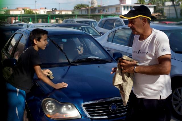 Comienza venta minorista de carros