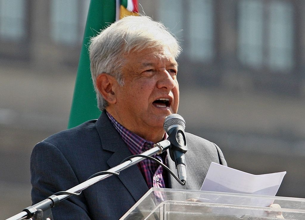 López Obrador regresa a la actividad política