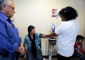 Seguros de salud en EEUU pueden subir un 40% por culpa del coronavirus