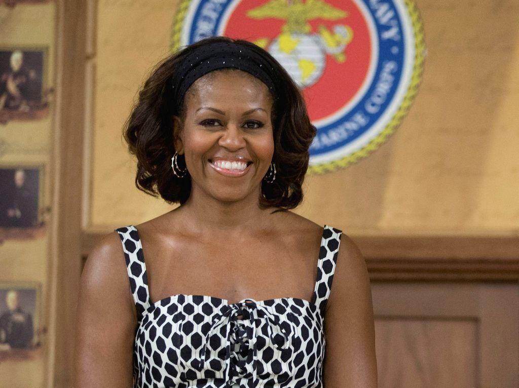 """Michelle Obama celebra sus 50 con """"las chicas"""" en Hawaii"""