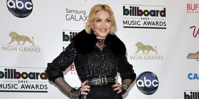 Madonna se exhibe con nuevo novio