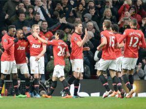 Manchester United logra su primer triunfo del año