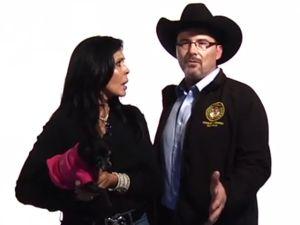 Actriz latina apoya a candidato anti inmigrante en CA