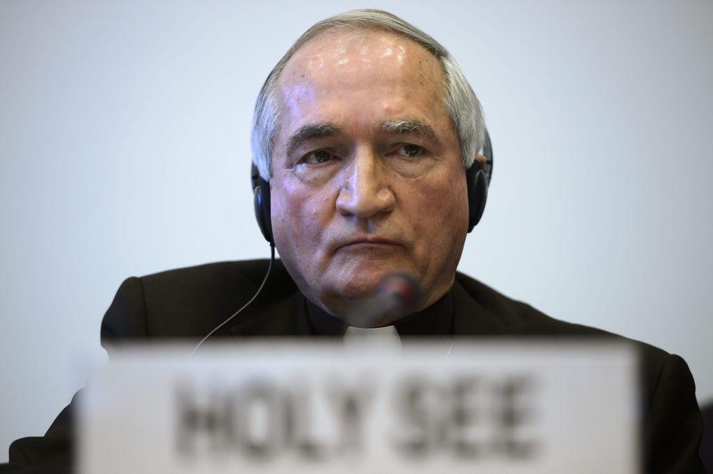 Vaticano admite que hay pederastas en el clero