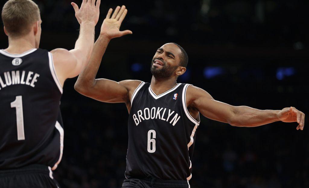 Los Nets vuelven de Londres y aplastan a los Knicks