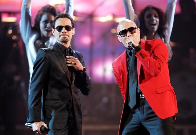 Presentadores latinos en los Grammy