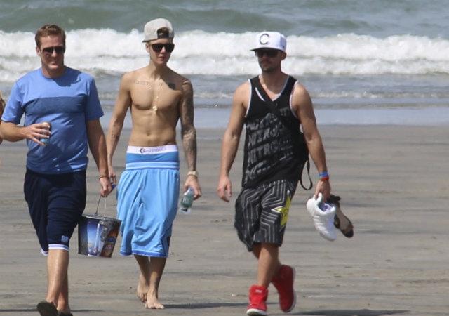 Justin Bieber tendrá su día en corte, pero no será hoy