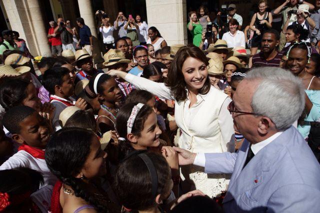 "Cubanos resucitan a ""La Gaviota"" de Peña Nieto"