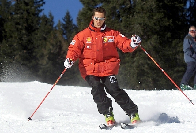 Médicos tratan de sacar a Schumacher de coma