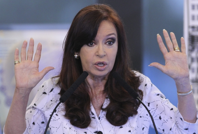 Dolor de cadera frena actividades de presidente argentina
