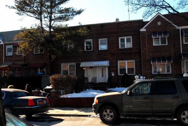 Nadie reclama restos de madre e hija asesinadas en Queens