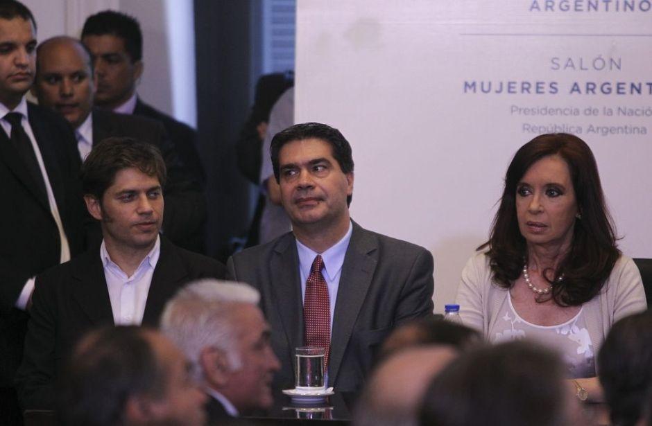 Mayoría de argentinos duda que gobierno frene la inflación