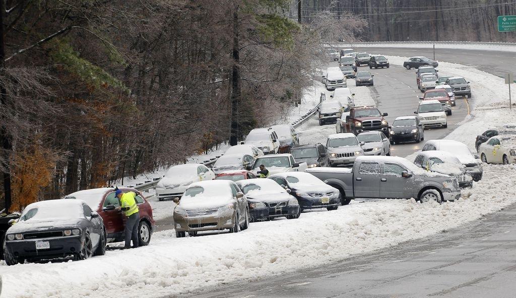 Al menos 16 muertos deja tormenta Pax en sureste de EEUU