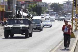 Hallan 15 cadáveres en fosa clandestina al oeste de México