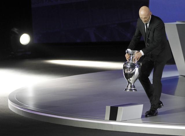 UEFA sortea fase clasificatoria a Eurocopa
