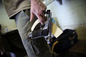 Corte Suprema de EEUU no verá casos de control de armas