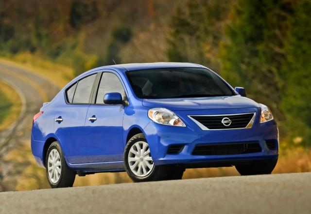 Nissan Versa: bueno, bonito y barato