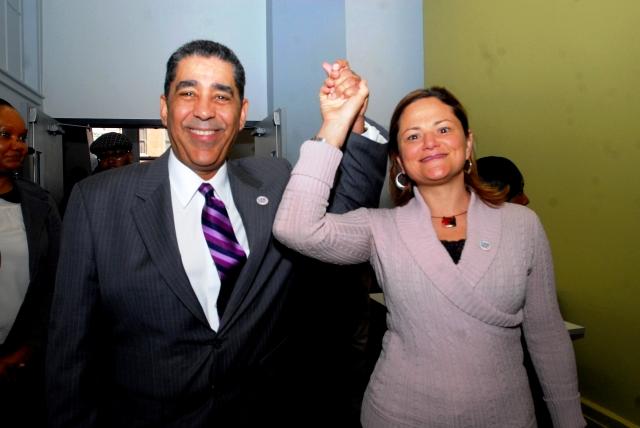 Melissa y Espaillat se van de campaña