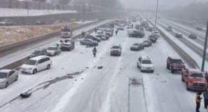 Un muerto en choque de más de 30 autos en Denver
